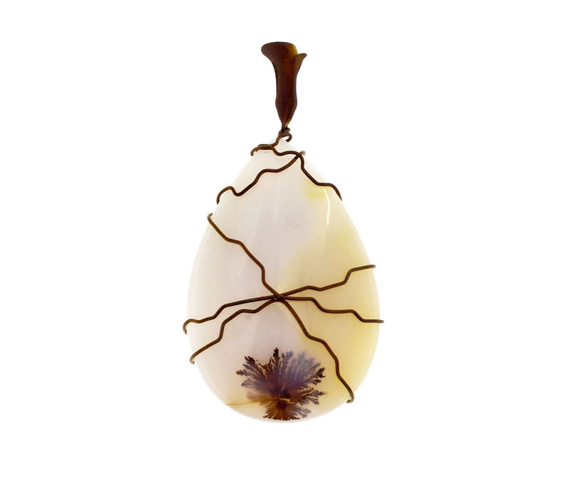 musk agate pendant drop-shaped
