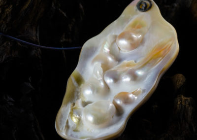 mizar - mother of pearl pendant pic3