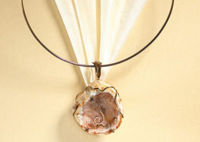 dubhe - agate geode pendant pic3