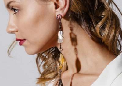 merak - fossil wood earrings pic3